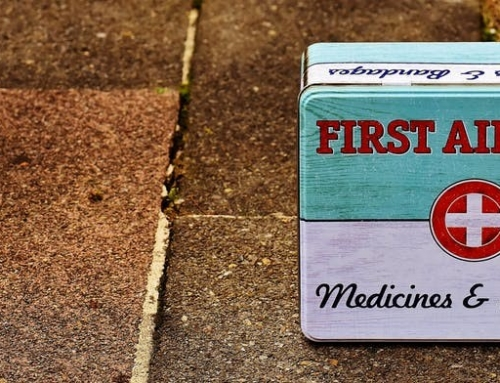 How to Assemble a First Aid Kit for Youth Sports